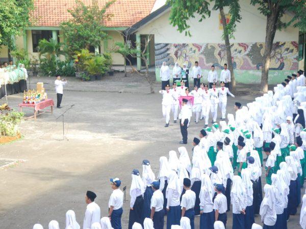 Upacara HAB Kemenag Kota Mojokerto ke-74 di MAN Kota Mojokerto